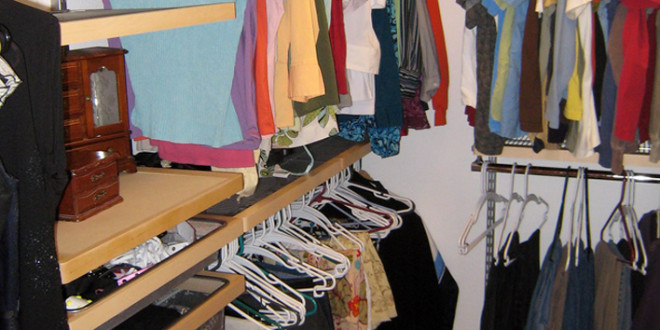 Organize Your Bedroom Closet: The Basics