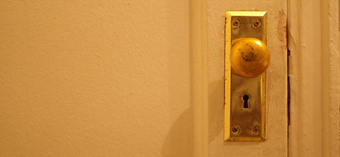 dirty doorknob