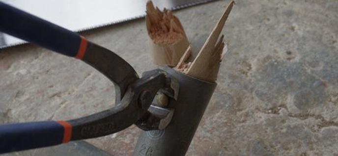 remove handle broken piece
