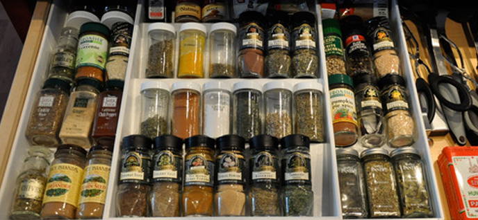 expand a drawer spice organizer